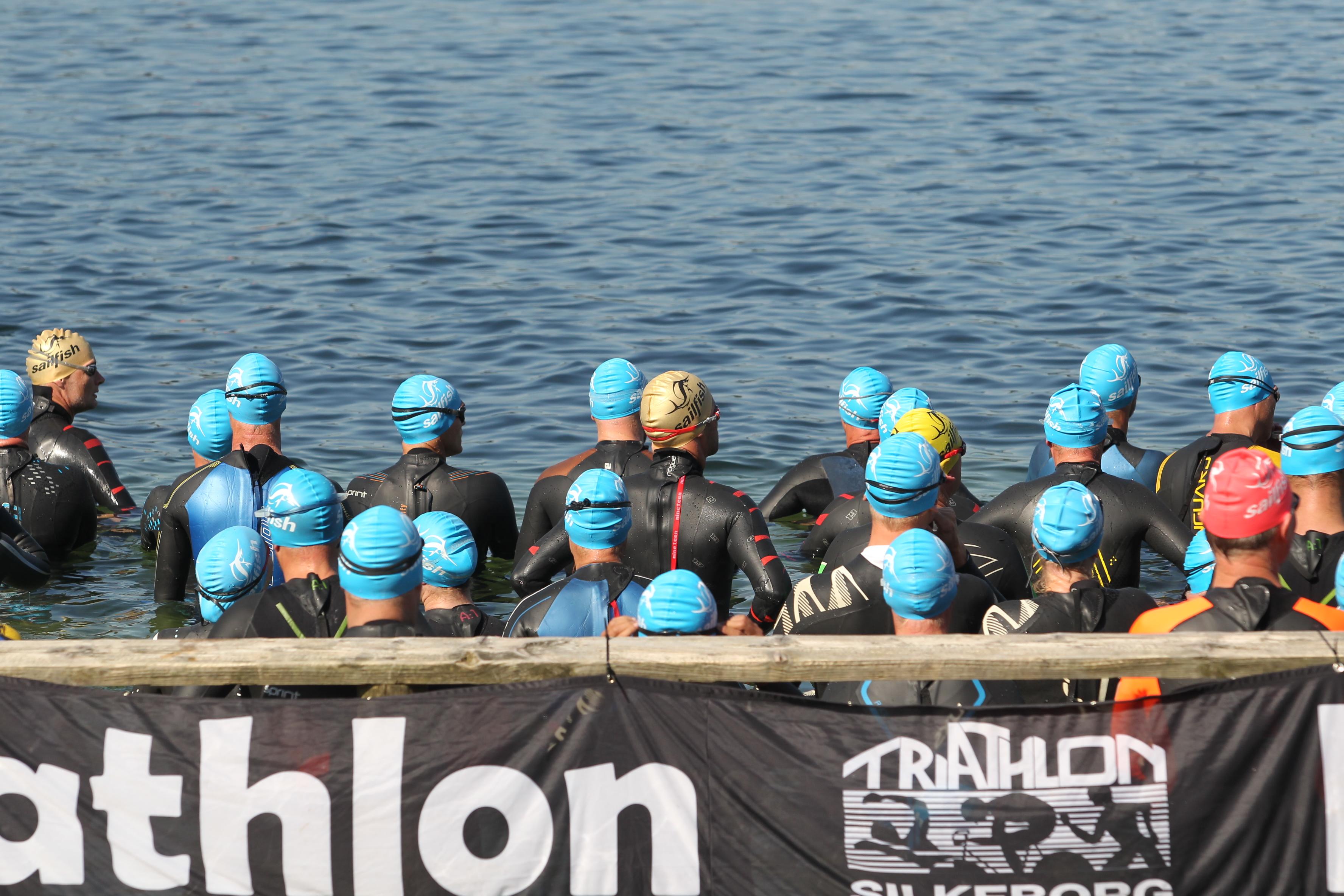 Danmarks Smukkeste Triathlon er vært ved DM Middel for Elite og Age Group samt Aquabike i Silkeborg sidste søndag i august 2021